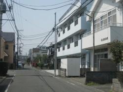 No.14溝上の街並